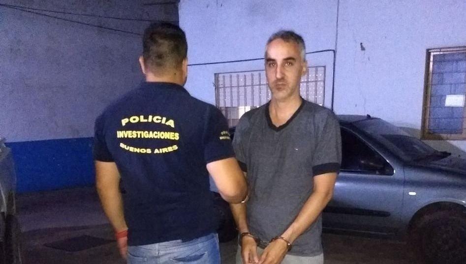 Quedaron detenidos el papá del niño que cayó del séptimo piso y su actual pareja